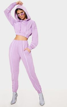 The Lilac Contrast Binding Sweat Jogger. Sporty Outfits, Trendy Outfits, Fashion Outfits, Womens Fashion, Fashion Trends, Jogging Outfit Women, Mode Purple, Trendy Hoodies, Skirt And Top Set