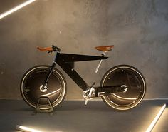 Bicicleta elétrica- Este é o protótipo de uma bicicleta elétrica super leve – em chapas dobradas de alumínio