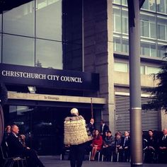 William & Kate outside the Christchurch City a Council building, April 14, 2014