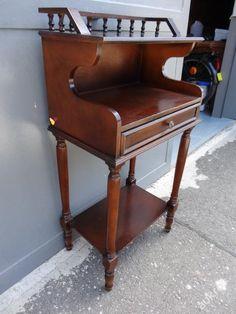 starožitný dřevěný odkládací stolek-komoda (5368600938) - Aukro - největší obchodní portál