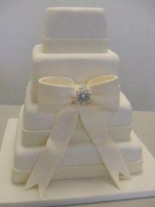 Four tier ivory square wedding cake Square Wedding Cakes with Bows Bow Wedding Cakes, Square Wedding Cakes, Wedding Dress Cake, Elegant Wedding Cakes, Wedding Wear, Dream Wedding, Bow Cakes, Cupcake Cakes, Cupcakes