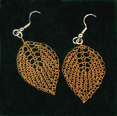 the online pattern store Wire Wrapped Jewelry, Wire Jewelry, Jewelry Crafts, Beaded Jewelry, Knitted Jewelry, Jewellery, Wire Earrings, Crochet Earrings, Wire Crochet