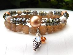 Rustic Chic Bracelet with Agate and a Leaf Charm – BlueStoneRiver