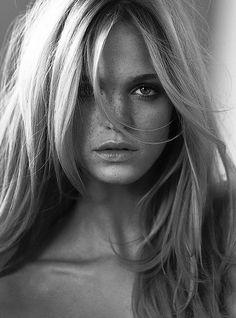 Erin Heatherton,:photographer unknown.  Gorgeous hair!