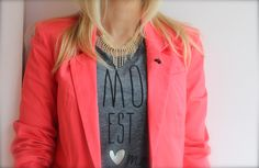 the details, how to wear it, style, fashion, coral, graphic tshirt, french tshirt, silver heart, coral blazer, spring style, sparkle, necklace, blush boutique, blushshop,