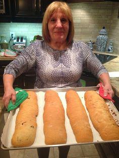 From Nonnina's Kitchen: Biscotti with Honey Almonds Almond Biscotti Recipe Italian, Best Biscotti Recipe, Italian Almond Cookies, Almond Pastry, Italian Christmas Cookie Recipes, Italian Cookie Recipes, Italian Desserts, Italian Snacks, Honey Cookies