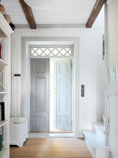 Белые двери межкомнатные