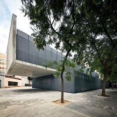 Guardería en los Jardines de Málaga de Barcelona  / Batlle i Roig Arquitectes