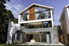 Allroundgenie zum Verlieben: Heute haben wir euch ein Haus mitgebracht, das wirklich alles hat und modernes Design gekonnt mit purem Luxus verbindet.