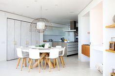 Greek Barcelona | Cocina bulthaup en la promoción de residencias de lujo diseñada por Jean Nouvel en Ibiza. Fotografía de Elisenda Fontarnau