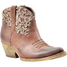 New Brown Cowboy Boats Outfit Casual Womens Fashion Ideas Short Cowgirl Boots, Ankle Cowboy Boots, Brown Cowboy Boots, Brown Ankle Boots, Western Boots, Ankle Booties, Black Boots, Western Style, High Boots