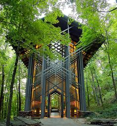 "escapekit: "" The Thorncrown Chapel Architect architect E. Fay Jones, an apprentice to Frank Lloyd Wright, designed the Thorncrown Chapel near Eureka Springs, Arkansas. The non-denominational chapel. Art Et Architecture, School Architecture, Beautiful Architecture, Beautiful Buildings, Beautiful Places, Organic Architecture, Stunningly Beautiful, Peaceful Places, Ancient Architecture"