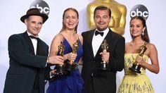 Leo finally breaks his Oscar curse. Brie Larson and Leonardo Di Caprio wins best actor Oscars #BrieLarson, #LeonardoDiCaprio #OscarAward