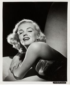A Girl/'s Best Friend Jerry Michael Marilyn Monroe Celebrity Print Poster 16x20
