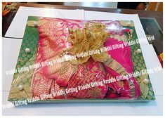 Wedding Packaging, Packing Ideas, Indian Wedding Decorations, Work Sarees, Wedding Invitations, Wraps, Gift Wrapping, Plates, Weddings