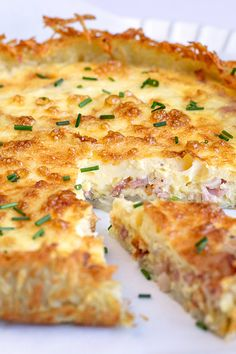 Quiche With Hashbrown Crust, Bacon And Cheese Quiche, Egg Quiche, Bacon Breakfast, Breakfast Dishes, Breakfast Recipes, Breakfast Ideas, Dinner Recipes, Quiche Recipes