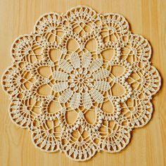 Crochet Mat, Crochet Doily Diagram, Crochet Mandala Pattern, Filet Crochet Charts, Crochet Flower Tutorial, Crochet Flower Patterns, Tapestry Crochet, Thread Crochet, Crochet Crafts