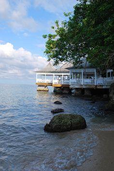 Seaside restaurant in Ocho Rios, Jamaica (by The Aberrant Eye).