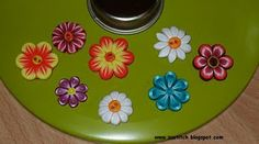Flower canes and Daisy button tutorials from Zuleykha.