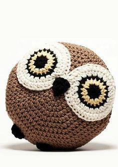 Owl Pillow ♥ SO cUte! I love this.