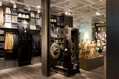 With more than 130 stores nationwide, China undisputedly is Muji's biggest overseas market, and although the country's staggering economic growth of the past decades has dwindled, the Japanese 'No Brand' retailer will be accelerating store openings in this vast market to at least 50 per year from 2017.