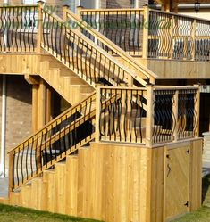 Closer view of the stairs. #Deck design #custom deck #interlocking #patio #Toronto
