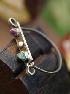 Rough Ruby and Rough Emerald Sterling silver di WanderlusterDream