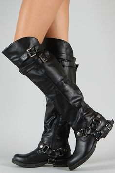 Good to wear to go Ridin' on the Harley 😜 ~ Dollhouse Hit Buckle Riding Knee High Boot. i will get a pair of these Riding Gear, Riding Boots, Cowgirl Boots, Western Boots, Cute Shoes, Me Too Shoes, Botas Boho, Harley Davidson Womens Clothing, Heeled Boots