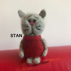 Needle Felted Cat, Needle Felted Animals, Felt Animals, Unusual Animals, Colorful Animals, Felt Gifts, Quirky Gifts, Felt Cat, Cat Lover Gifts