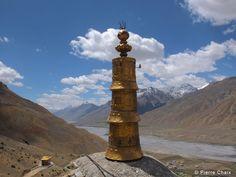 """© Pierre Chaix - Voyage Moto """"Aux Portes du Tibet"""" - Kinnaur & Spiti - India - Juin 2012 - Vue depuis le monastère de Key"""