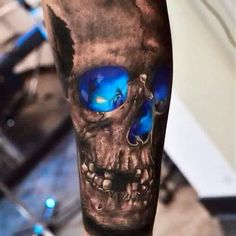 #tattoo #skull #skulltattoo #inkedone #inkedoneart #skullart #tattooinspiration #tattoos #colortattoo #tatto #tatoo #tats #tattooed #tattooart #tattooink
