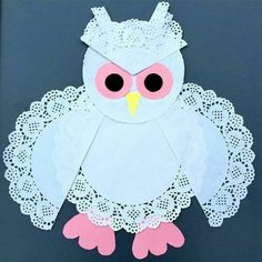 Here's our Sweet Owl made out of paper doilies. More Here's our Sweet Owl made out of paper doilies. Paper Doily Crafts, Doilies Crafts, Paper Doilies, Animal Crafts For Kids, Craft Activities For Kids, Preschool Crafts, Art For Kids, Spring Crafts, Holiday Crafts