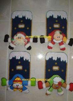 Christmas Holidays, Christmas Crafts, Christmas Decorations, Christmas Ornaments, Holiday Decor, Disney Drawings, Maya, Snowman, Dollar Stores