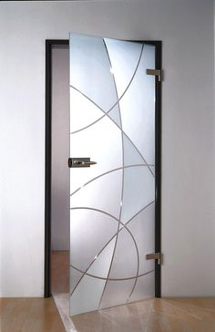 A glass door with bright or private glass is robust and available in any size and budget. The glass leaves the daylight free. Doors Interior, Glass Barn Doors, Door Design, Etched Glass Door, Frosted Glass Door, Glass Door, Door Glass Design, Glass Bathroom, Window Design