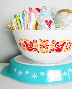 pyrex and fabric = LOVE