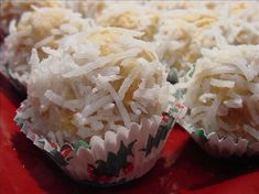 Coconut Snowflake Cookies from : This is a wonderful no-bake cookie ball with a crispy peanut butter, Rice Krispies and nut center covered with coconut. Maybe more a candy than a cookie. Very tasty… Halloween Desserts, Easy Christmas Candy Recipes, Easy Candy Recipes, Cookie Recipes, Christmas Treats, Christmas Baking, Christmas Cookies, Fudge Recipes, Holiday Desserts