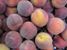 What's in season in Georgia? See what fruits and vegetables grow during which times of year in the state of Georgia. How To Ripen Peaches, Canned Peaches, Perfect Peach, Sweet Peach, Fresh Fruits And Vegetables, Seasonal Fruits, Fruit Picking, Grilled Fruit, Ripe Fruit