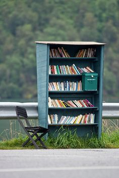Honor system bookshop in Fjaerland, Norway - Love this idea :D If only I thought the people in the states would honor it...