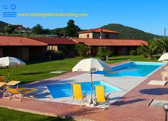 Tuscany, Italy, holiday apartments with private swimming pool, near the sea.