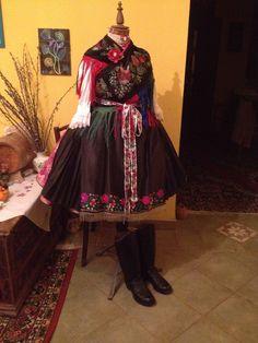Rimóci nagyünnepi Folk Dance, Eastern Europe, Dance Costumes, Hungary, Military, Times, How To Wear, Dresses, Art