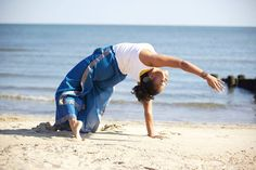 """""""Yes, Yoga has Curves."""" A testament that #Yoga is for EVERY body. http://yesyogahascurves.com/"""