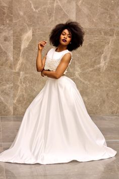 Intombi yomZulu, Nomzamo Mbatha #MelaninIsMagic Beautiful South African Women, Beautiful Black Women, African Inspired Fashion, African Fashion, African Design, African Wear, African Beauty, White Outfits, Fashion Dresses