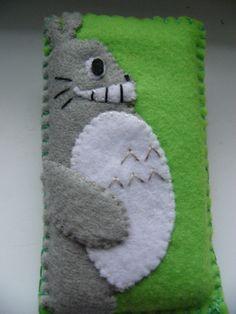 Totoro felt case by Moninya