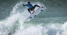 SURFISTA PERUANO ALONSO CORREA SE ACERCA AL TOP 100 DEL RANKING MUNDIAL