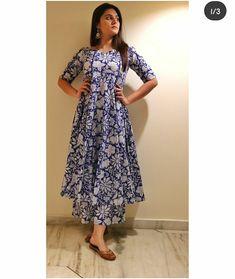Pakistani Dresses Casual, Indian Fashion Dresses, Dress Indian Style, Indian Designer Outfits, Fashion Outfits, Simple Kurti Designs, Kurta Designs Women, Anarkali Kurti, Sarees
