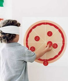 could be for ninja turtle party// Kids Pizza Party: pin the tail on the donkey variation (click through for more great game ideas) Kids Pizza Party, Pizza Party Birthday, Turtle Birthday Parties, Ninja Turtle Birthday, Ninja Turtle Party, Ninja Turtles, Birthday Ideas, 5th Birthday, Carnival Birthday