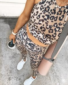 Cute Workout Outfits, Workout Attire, Sporty Outfits, Workout Wear, Summer Outfits, Fashion Outfits, Fashion Tips, Workout Style, Cella Jane