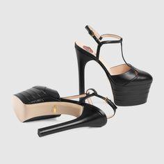 GUCCI PRE-FALL 2016 Leather platform pump