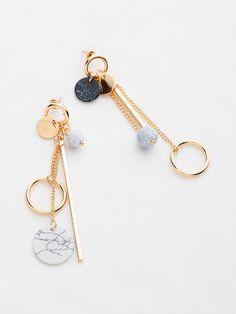 Multi Charm Drop Earrings Ear Jewelry, Cute Jewelry, Body Jewelry, Jewelry Accessories, Jewelry Necklaces, Jewelry Making, Silver Jewelry, Peridot Jewelry, Jewelry Shop