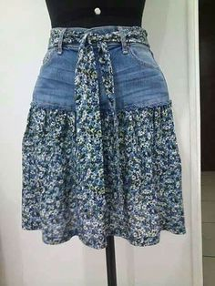 95 DIY Things You Can Make With Old Jeans - diy clothes Recycling Ideen Sewing Jeans, Sewing Clothes, Skirt Sewing, Barbie Clothes, Jeans Refashion, Diy Jeans, Clothes Refashion, Diy With Jeans, Diy Clothes Jeans